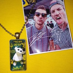 Limited Twenty One Pilots Ned Trench Necklace